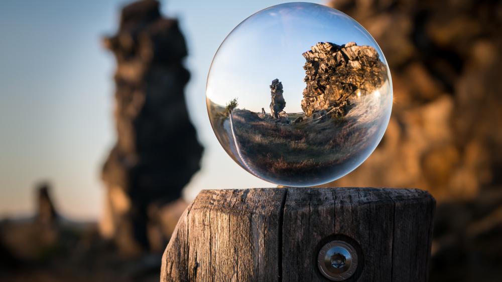 Lensball photography wallpaper