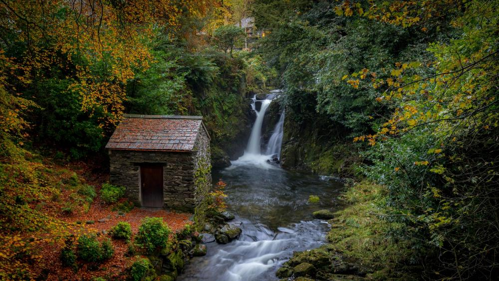 Rydal Falls wallpaper