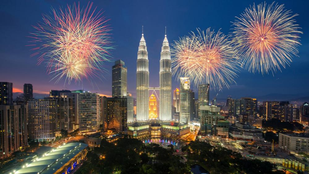 KLCC Twin Towers wallpaper