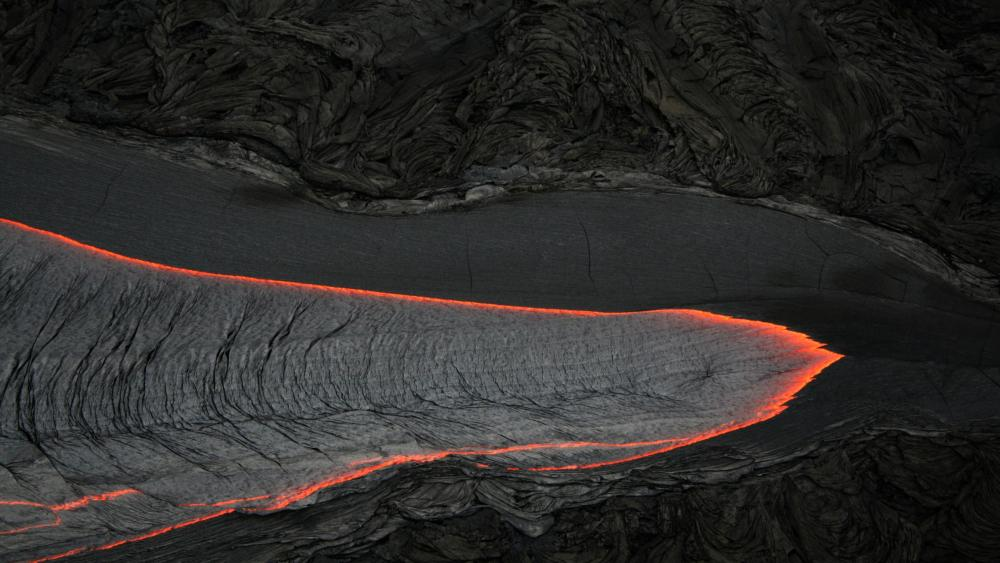 Pāhoehoe Lava Flow at The Big Island of Hawaii wallpaper