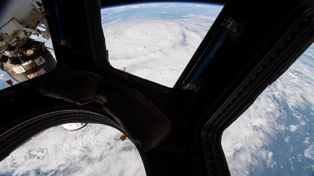 Hurricane Harvey, Seen From the Cupola of the International Space Station wallpaper