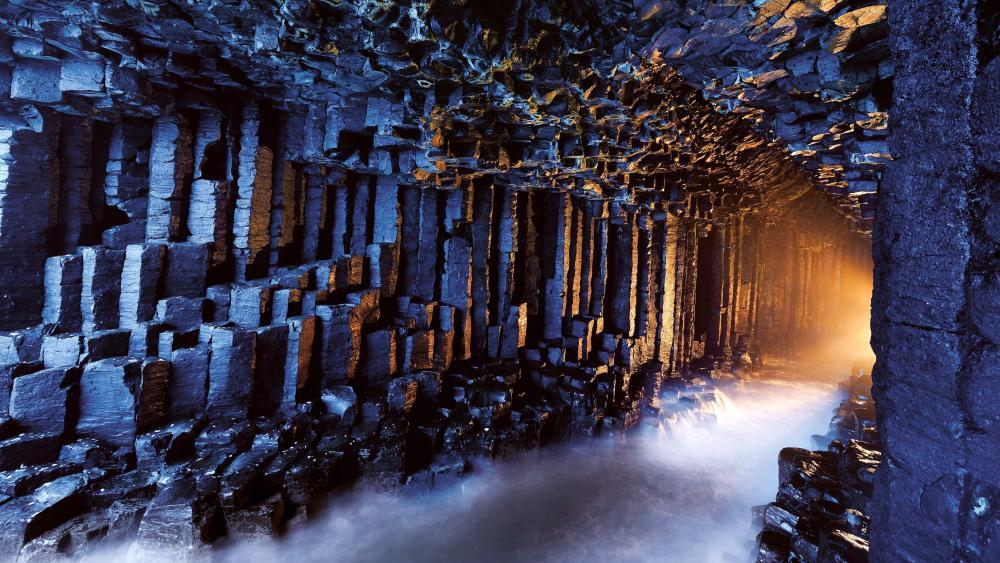 Fingals Cave Scotland wallpaper