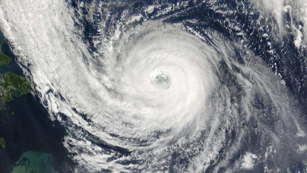 Typhoon Prapiroon wallpaper