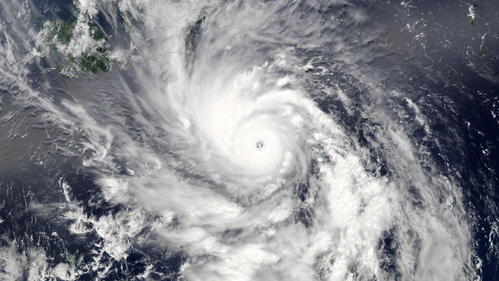 Typhoon Sanba wallpaper