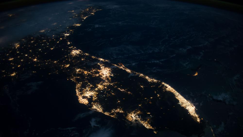 Florida Peninsula at night wallpaper