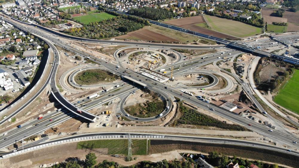 Junction of Federal Highway 3 & Federal Highway 73 in Germany wallpaper