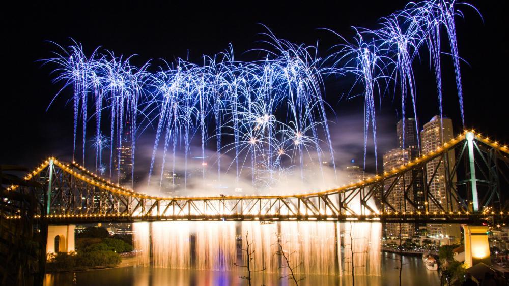 The Story Bridge During Riverfire in Brisbane wallpaper