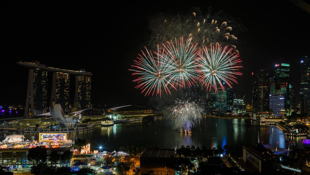 Firework Display at Marina Bay for the Chinese New Year wallpaper