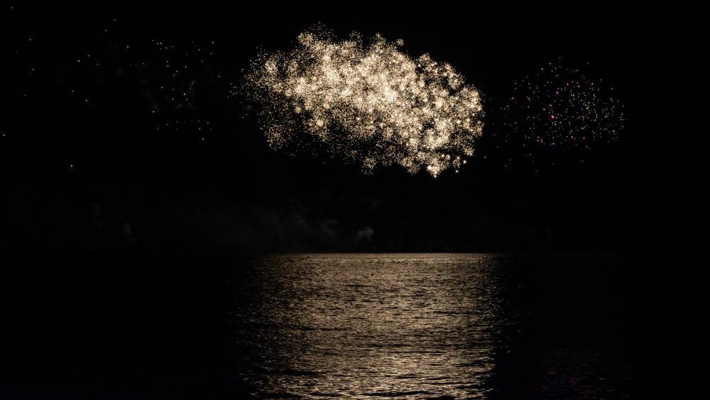 Fireworks in Tulln wallpaper