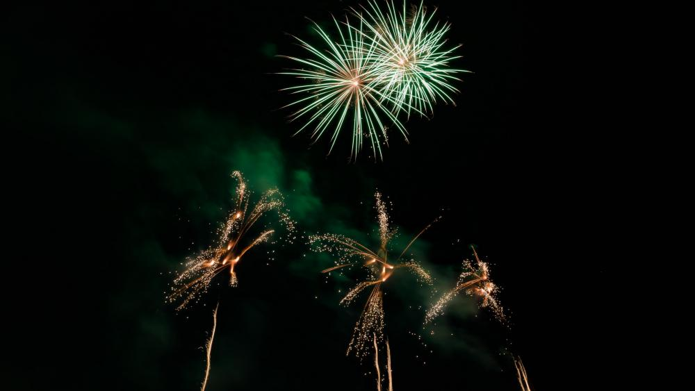 Fireworks in Annecy-le-Vieux wallpaper