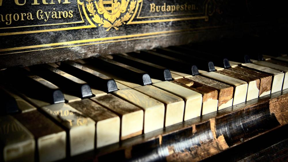Old piano from Budapest wallpaper