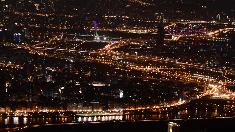Night view of New Taipei City from Guanyin Mountain wallpaper