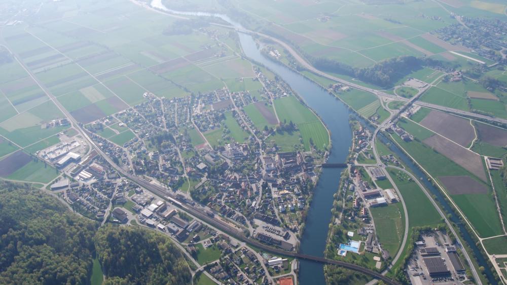 Aerial View of Wangen an der Aare, Switzerland wallpaper