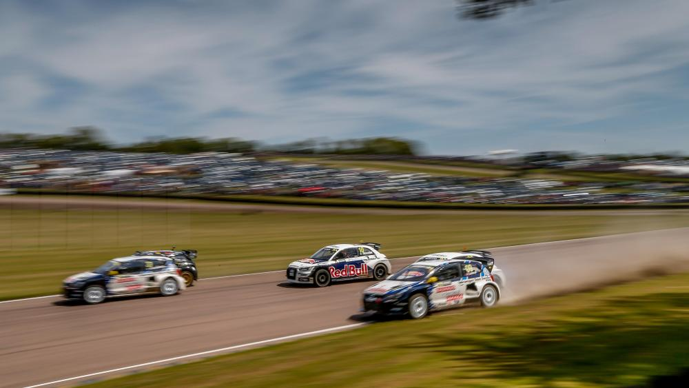 Round 04 of the 2015 World RX of Great Britain at Lydden Hill Race Circuit wallpaper