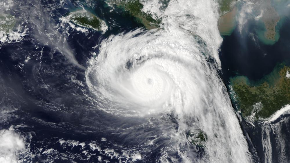 Super Typhoon Chaba wallpaper