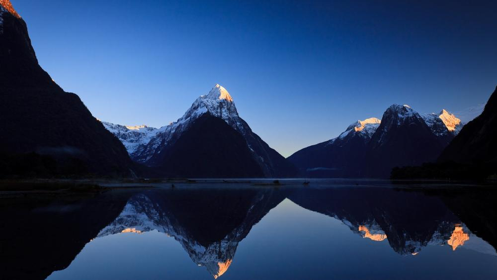 Milford Sound, New Zealand wallpaper