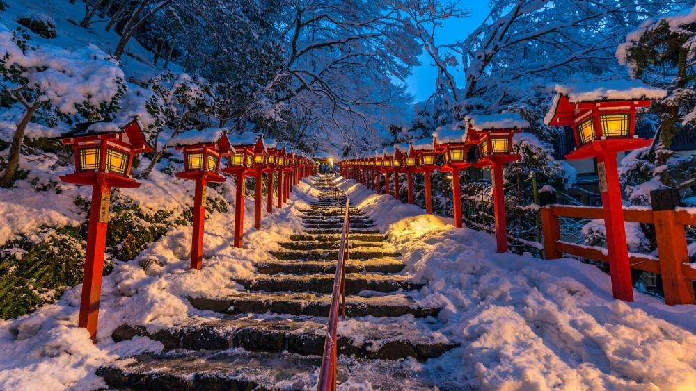 Kifune Shrine lights up wallpaper