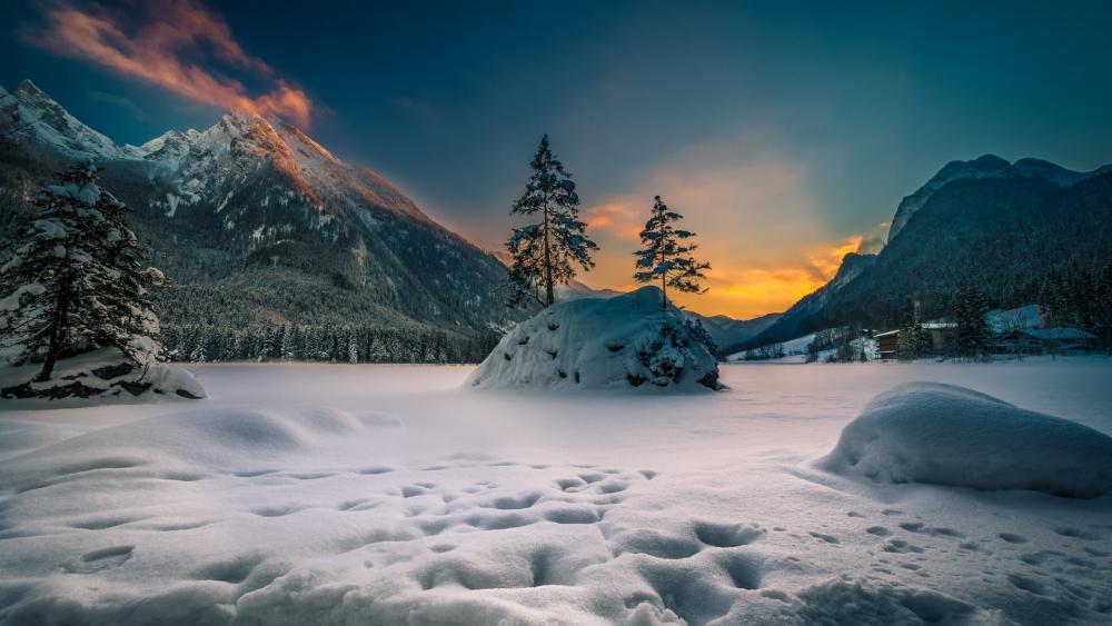 Frozen Hintersee Lake wallpaper