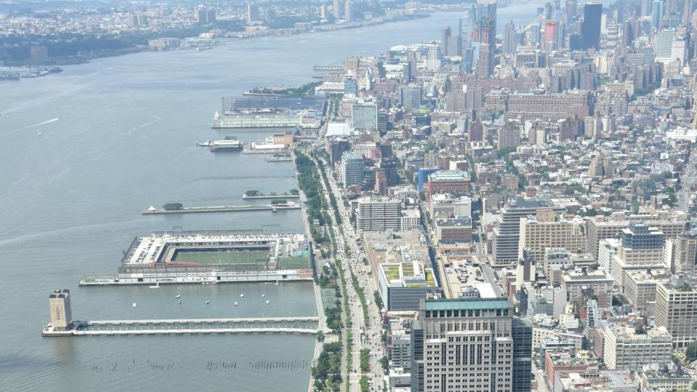 New York City's West Side Highway Viewed from One World Trade Center wallpaper