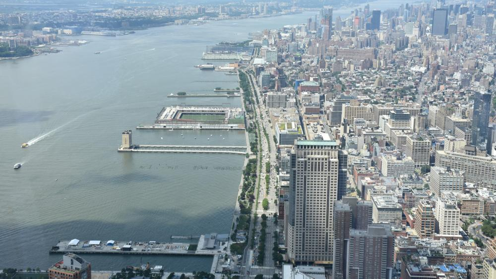 West Side Highway from One World Trade Center wallpaper