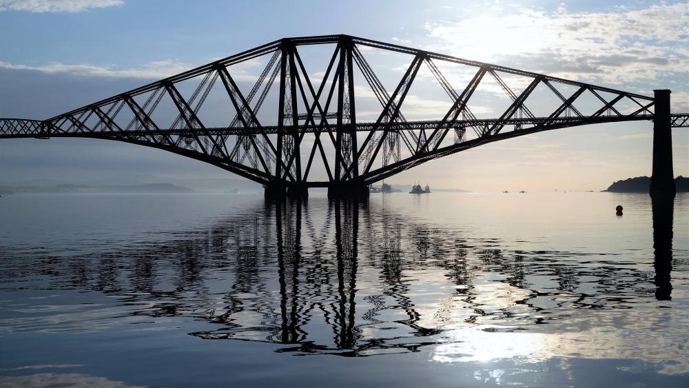 Forth Bridge, Scotland wallpaper