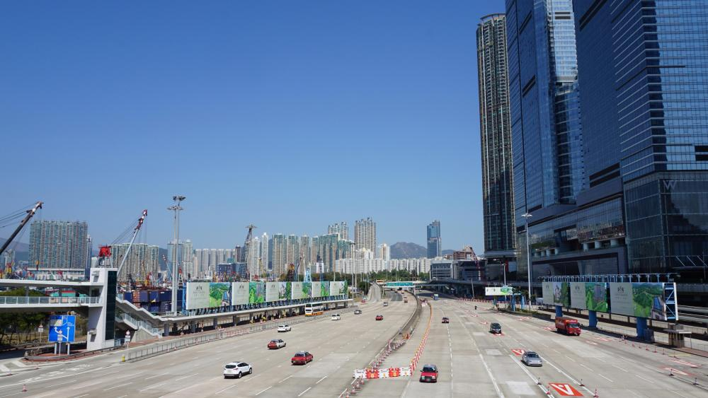 West Kowloon Highway near the Western Harbour Crossing Toll Plaza wallpaper