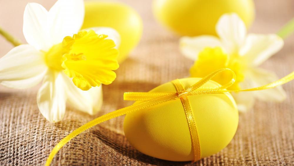 Yellow Easter egg wallpaper