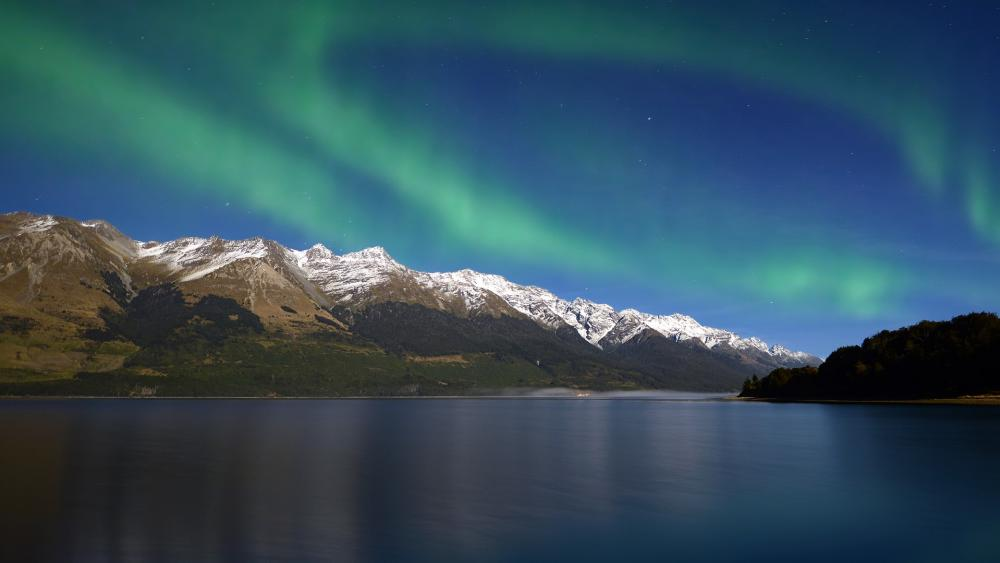 Southern Lights in New Zealand wallpaper