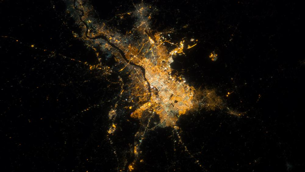 ISS View of Calcutta, India at Night wallpaper