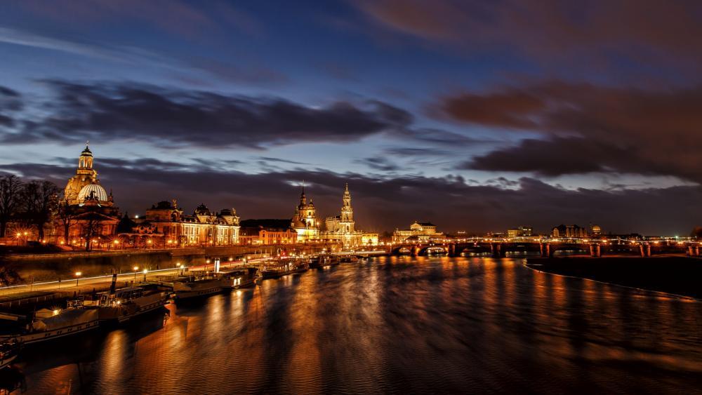 Dresden, Germany by Night wallpaper