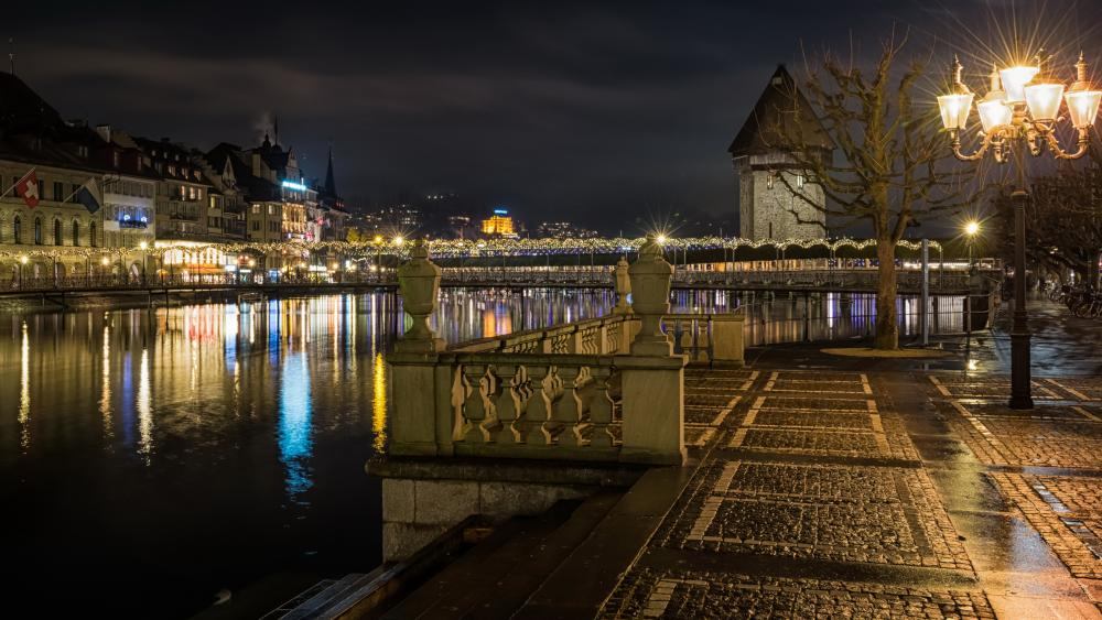 Lucerne by night wallpaper