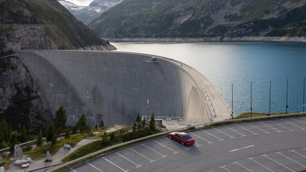Kölnbrein Dam in Austria wallpaper