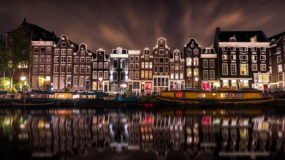 Amsterdam night reflection wallpaper