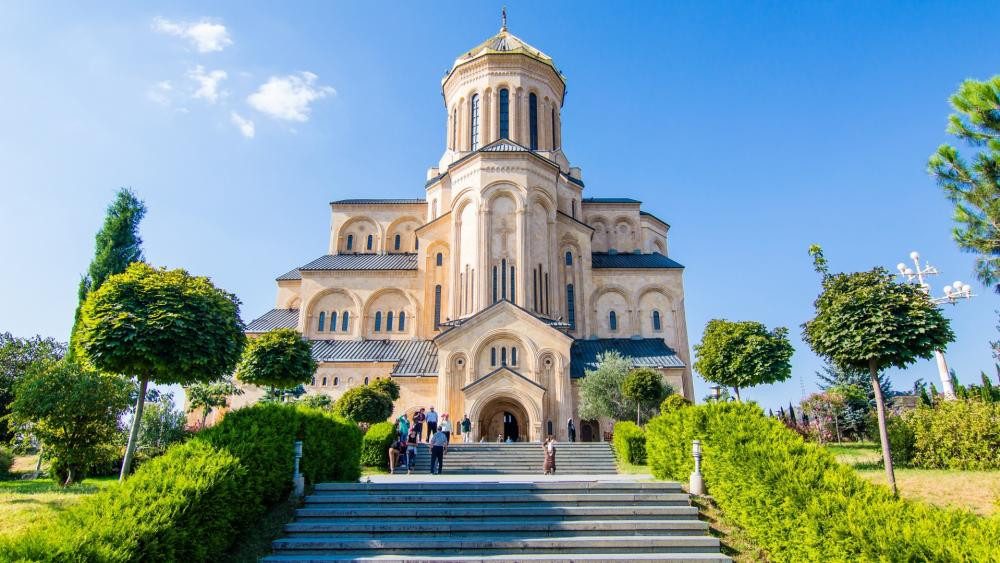 Tbilisi St. Trinity Cathedral wallpaper