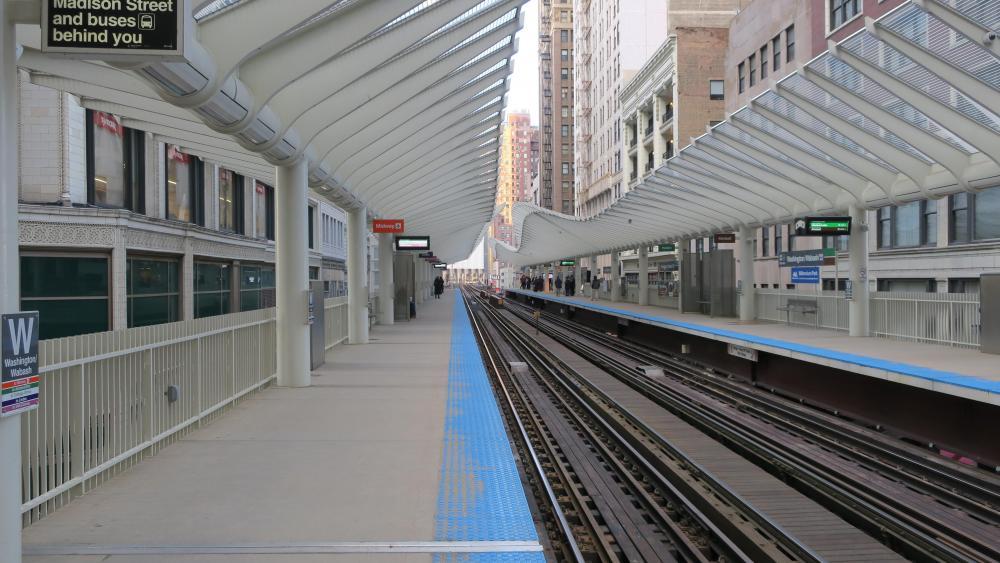 Washington/Wabash Station Platform wallpaper