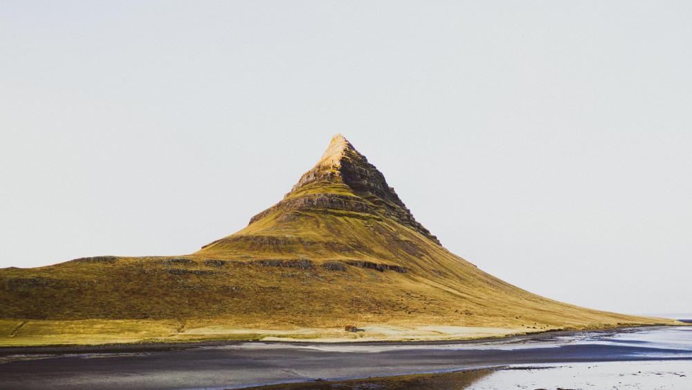 Kirkjufell Mountain wallpaper