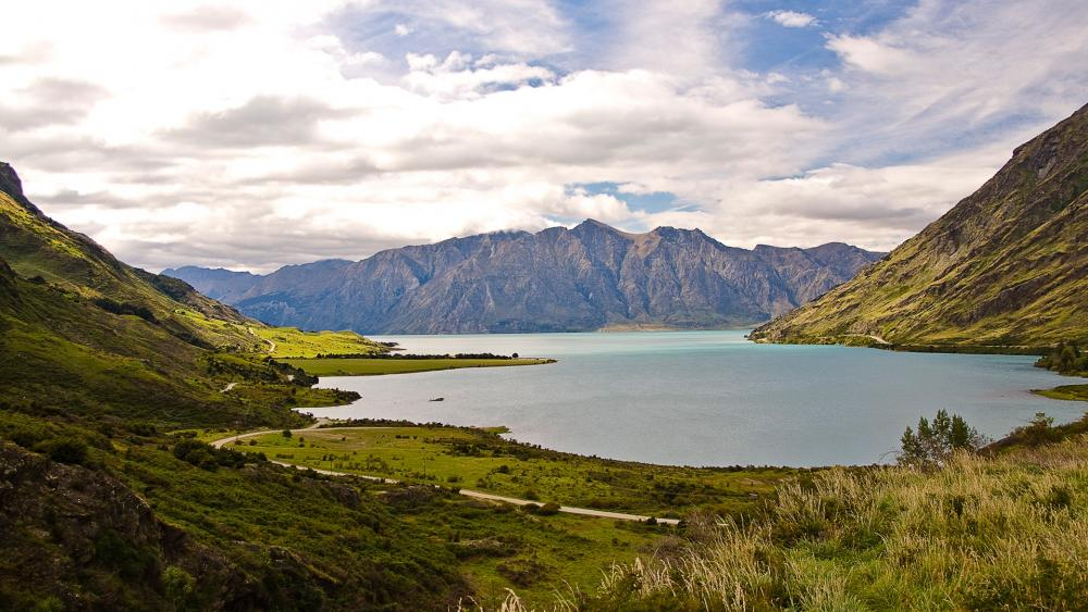 Lake Hawea, New Zealand wallpaper