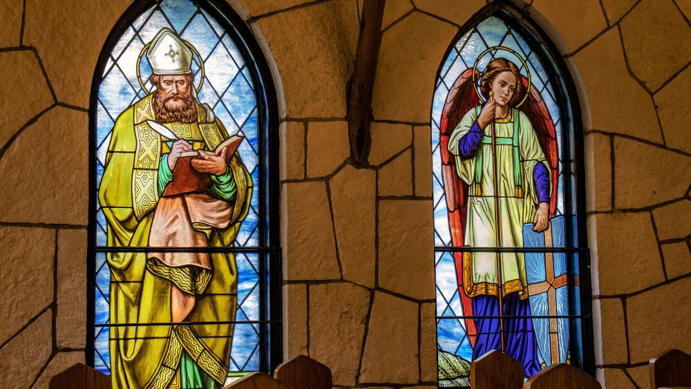 Holy Images Colored Glass wallpaper