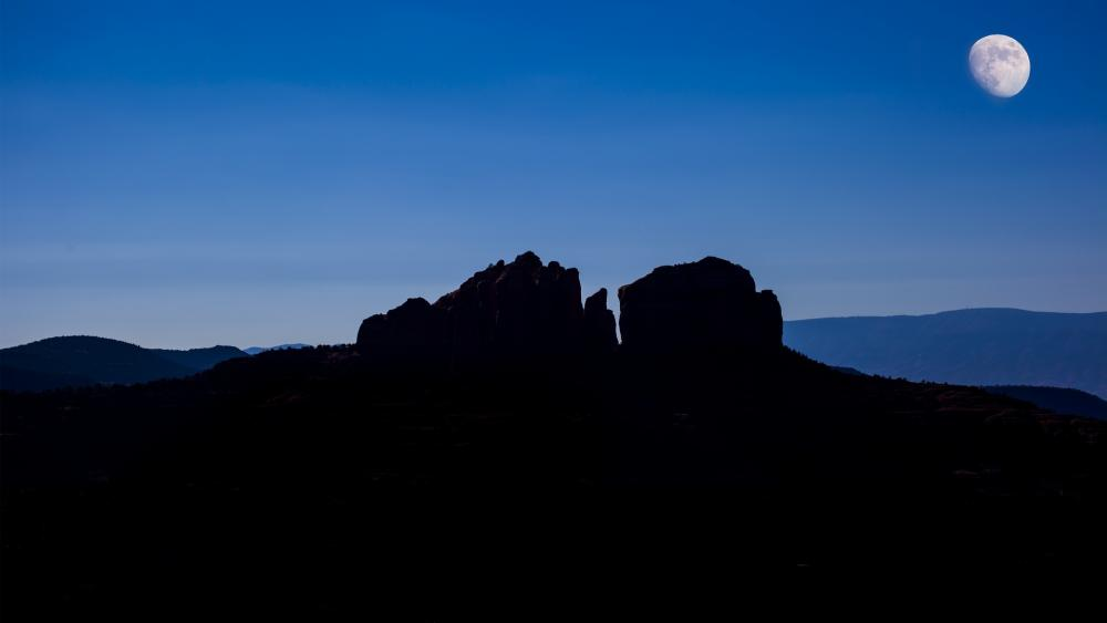 Cathedral Rock silhouette in the moonlight wallpaper