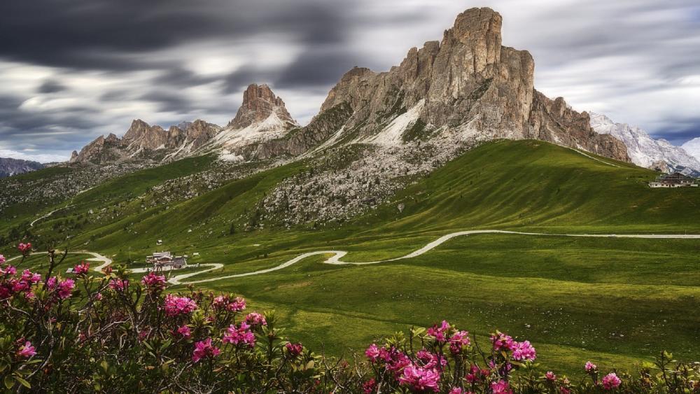 Giau Pass, Dolomites wallpaper