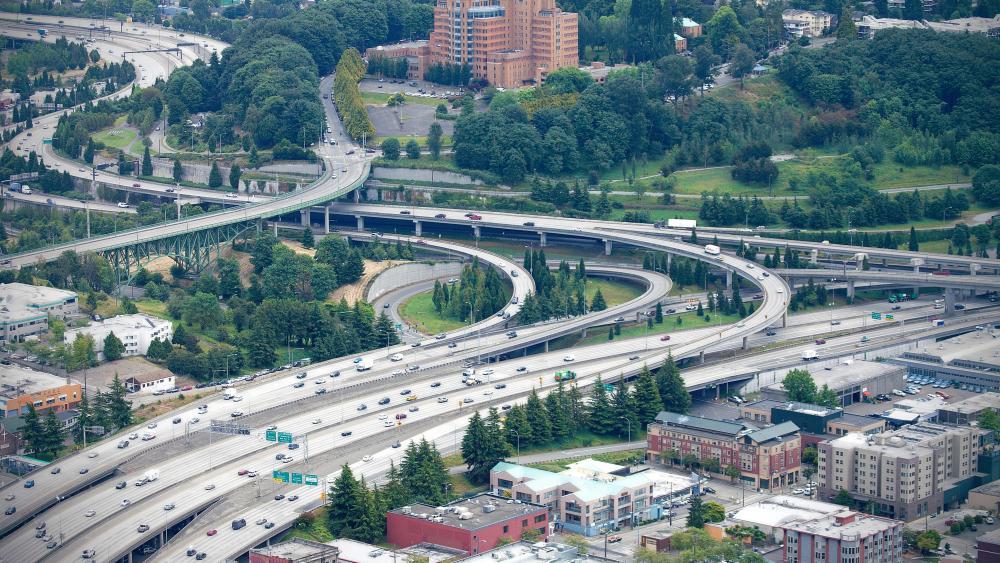 Interchange of Interstate 5 & Interstate 90 in Seattle wallpaper