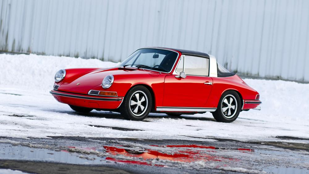 1968 Porsche 911 Targa wallpaper
