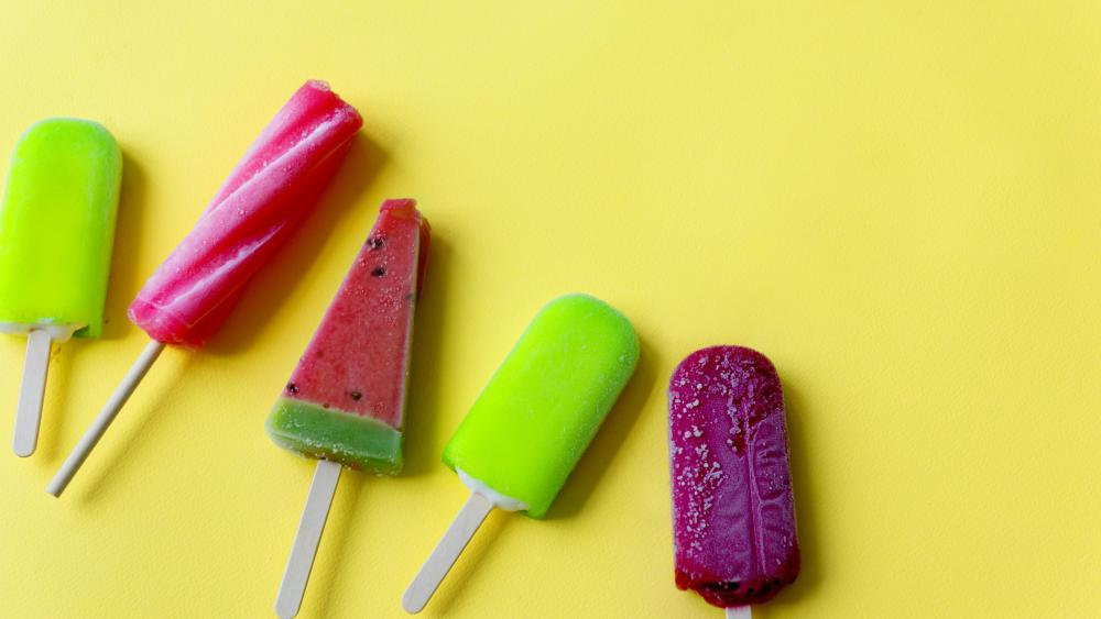 Summer popsicles wallpaper
