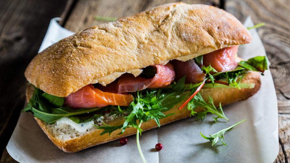 Sandwich with smoked salmon and salad wallpaper