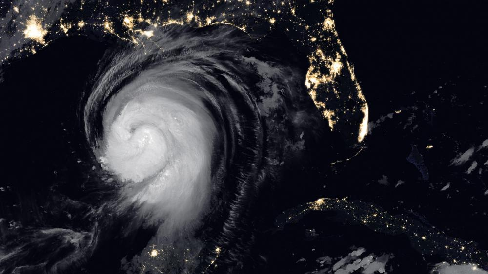 A Dangerous Storm Nears the Gulf Coast wallpaper