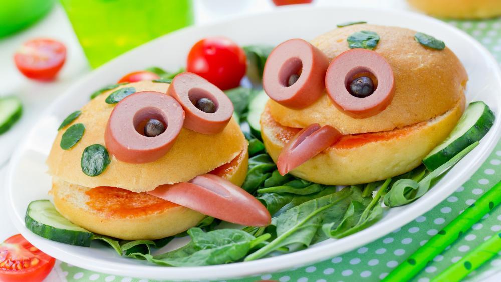 Funny sandwiches wallpaper