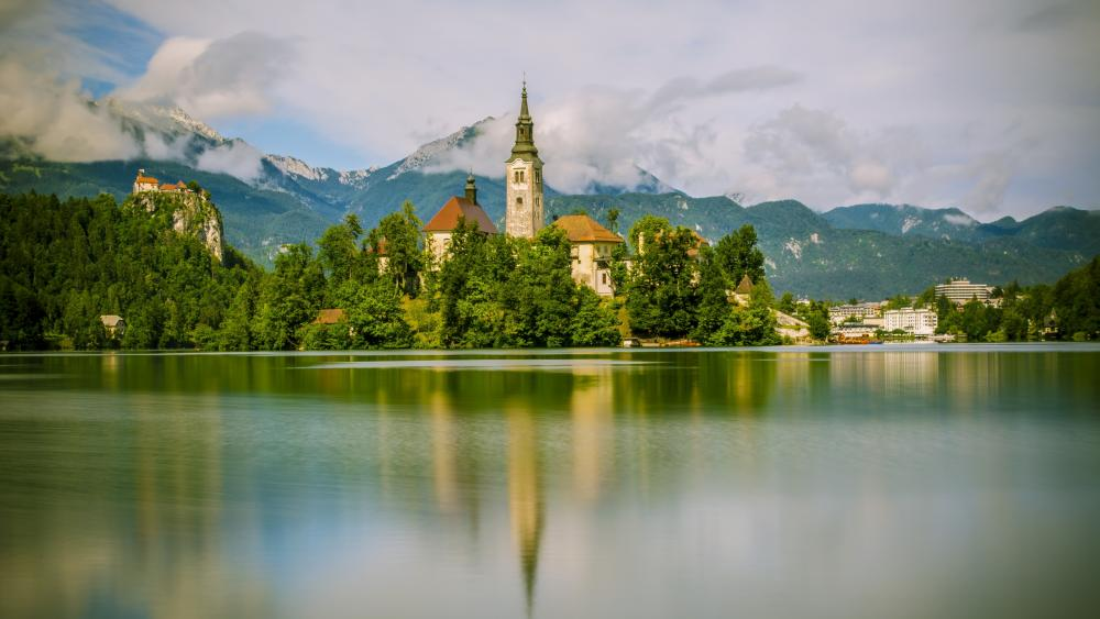 Straza hill above Lake Bled wallpaper