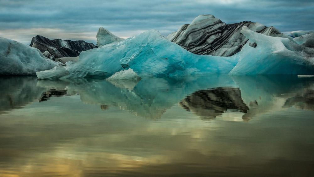 Glacier Lagoon wallpaper