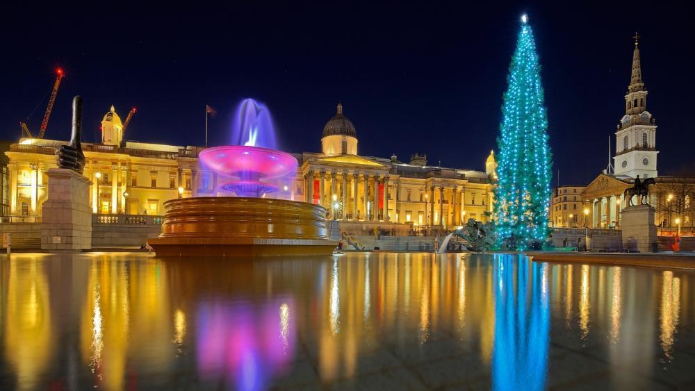Trafalgar Square at Christmas time wallpaper