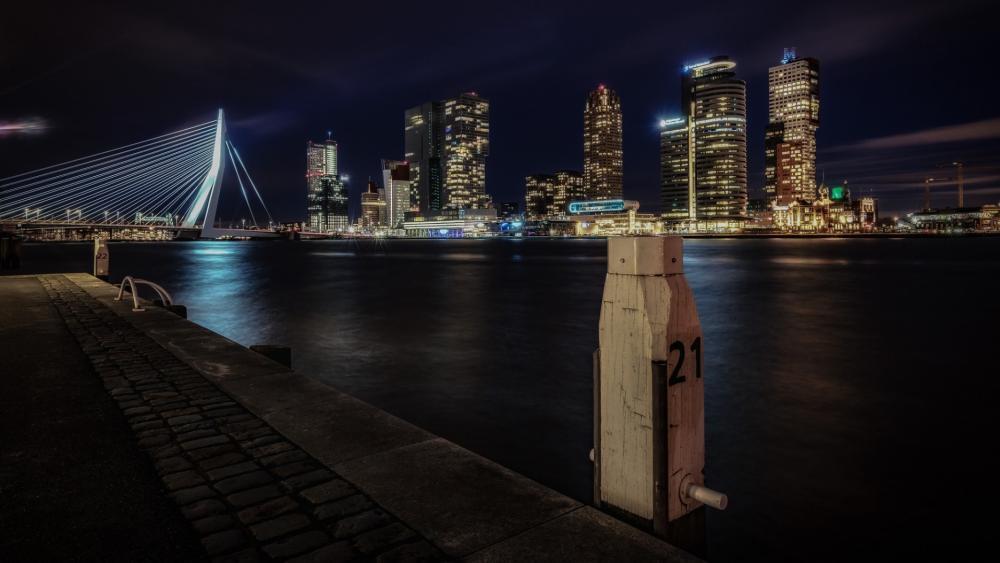 Rotterdam by night wallpaper
